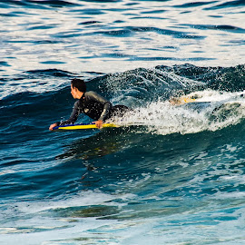 Surfing18 by Mark Holden - Sports & Fitness Surfing
