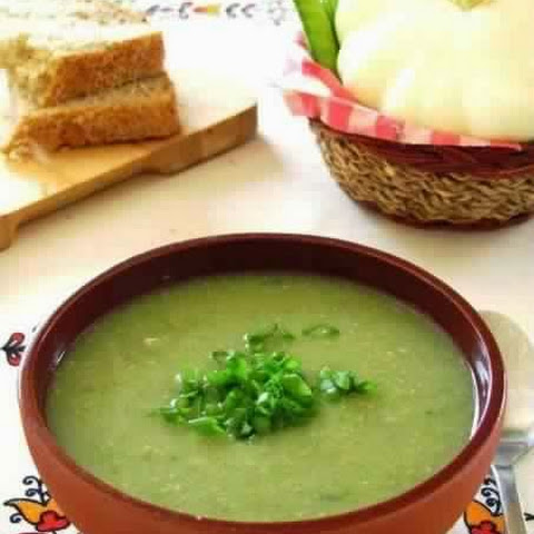 Cream Of Green Peas And Zucchini With Mint
