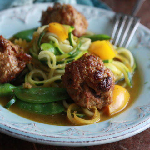 Curry Meatballs and Veg Noodles