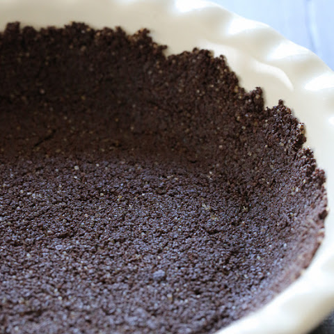 Easy 3-Ingredient Low-Fat Graham Cracker Crust