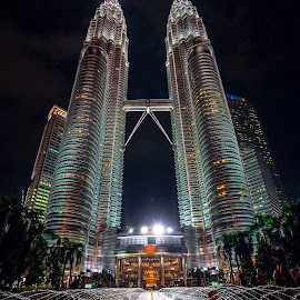Our Pride by Andy Kurniawan - Buildings & Architecture Statues & Monuments ( petronastowers, kualalumpur, towers, petronas, skycrapers, malaysia, twintowers )
