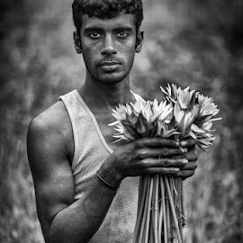 SHAPLA by Mauro De Bettio - People Portraits of Men ( backpaking, bangladesh, black and white, followme, glances, travel, eyes,  )