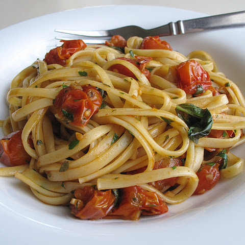 Pasta with Roasted Cherry Tomatoes and Fresh Herbs