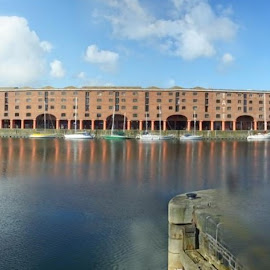 Albert Dock by Dave Turner - Buildings & Architecture Office Buildings & Hotels ( liverpool, buildings, architecture, landscape, docks, docklands )