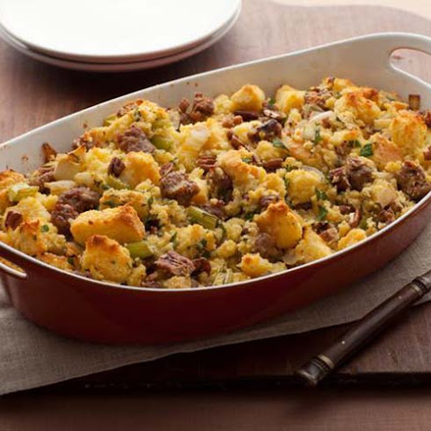 Corn Bread and Sausage Stuffing Recept | Yummly