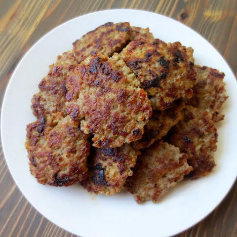 Homemade Maple-Sage Breakfast Sausage (Nom Nom Paleo)