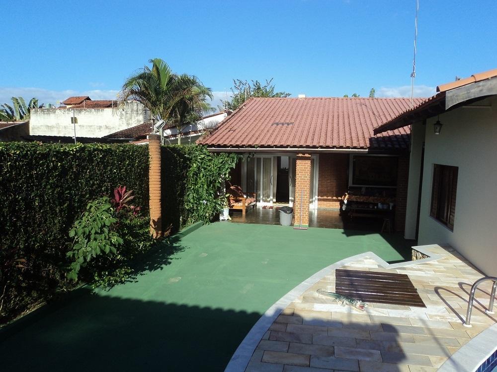 Casa com 3 dormitórios à venda, 150 m² por R$ 750.000 - Martim de Sá - Caraguatatuba/SP