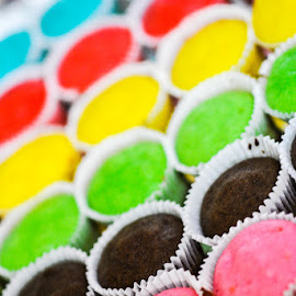 Cupcakes by Dion Howard - Food & Drink Cooking & Baking ( colour, d3000, cake, cupcake, f/1.8, 85mm, food, baking, nikon, snack )