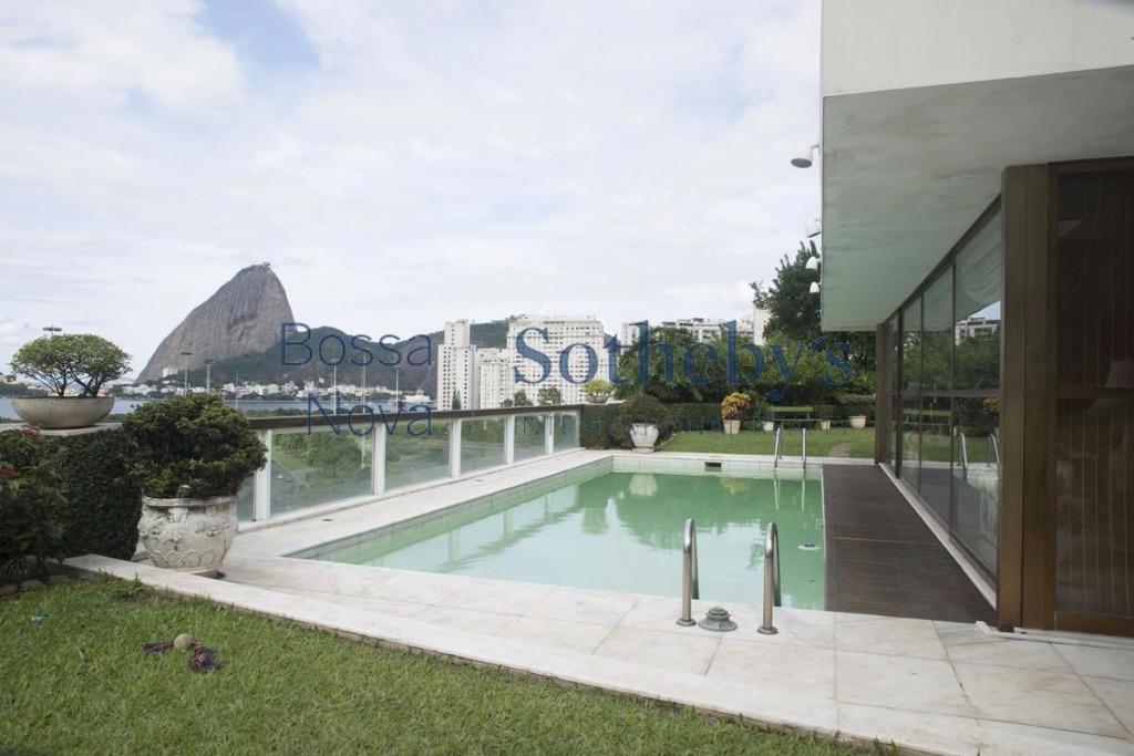 Extraordinária Cobertura na Praia do Flamengo