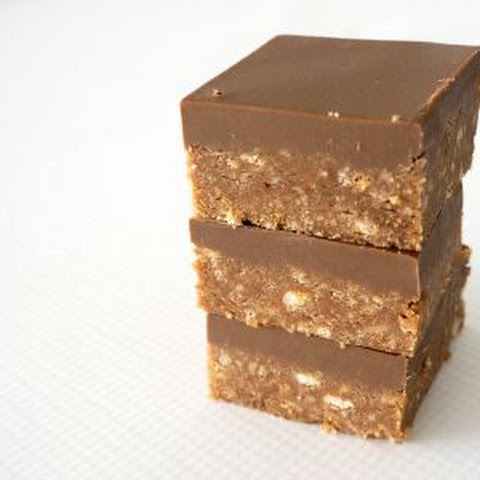 New and Improved No Bake Chocolate Caramello Slice