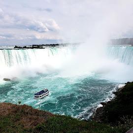 Niagara Fall by Kam Dadras - Instagram & Mobile Android ( samsung s9plus, niagara falls, canada, waterfall, niagara )