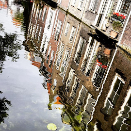 Delft, Zuid-Holland ... by Maritha Graph - Instagram & Mobile iPhone ( delft, zuidholland, netherlands, ilovedelft )