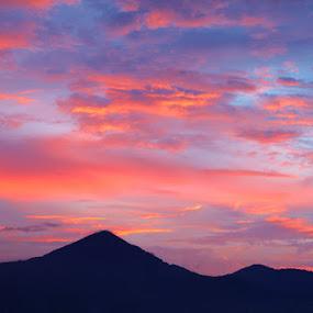 Beutiful Sky by Ahmat Supriyadhi - Landscapes Cloud Formations ( colour, sky, cloud, sunrise, landscape,  )