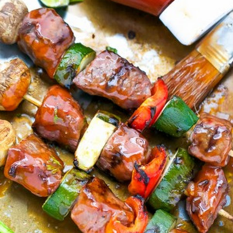 Tender Beef Kebabs With Tangy Barbecue Sauce