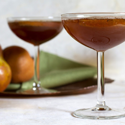 Sparkling Pear and Tamarind Cocktail