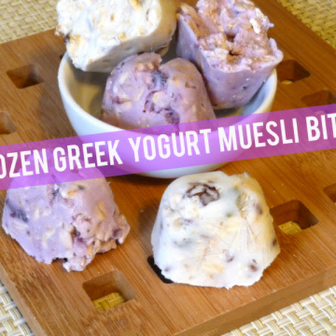 Frozen Greek Yogurt Muesli Bites