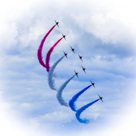 The Red Arrows by Simon O'Neill - Transportation Airplanes ( flight, red arrows, plane, airplane, daredevils, transportation )