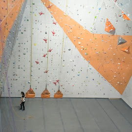 A Personal Challenge by Rio Cobcobo - Sports & Fitness Other Sports ( climbing, inddor wall climbing, personal challenge, indoor sports, wall climbing, challenging activity )