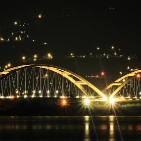 by Hendra De Strijders - Buildings & Architecture Bridges & Suspended Structures