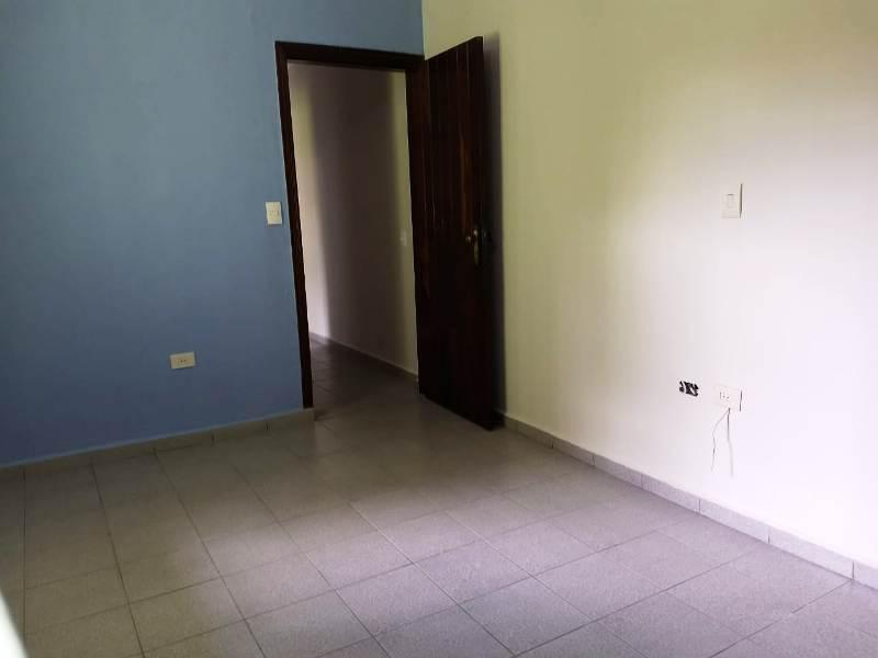 Casa / Sobrado para Venda/Locação - Dos Casa