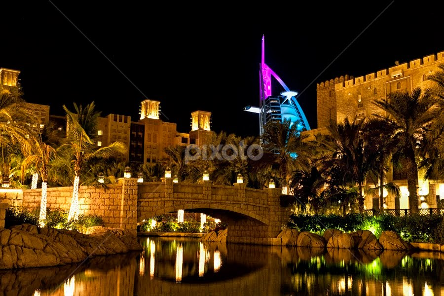 Jumeira Souk Madinat, Dubai by Rafael Uy - City,  Street & Park  Neighborhoods ( dubai, bridge )