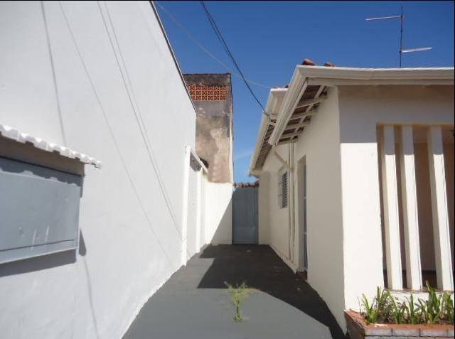 Casa com quartos para Alugar, 123 m²