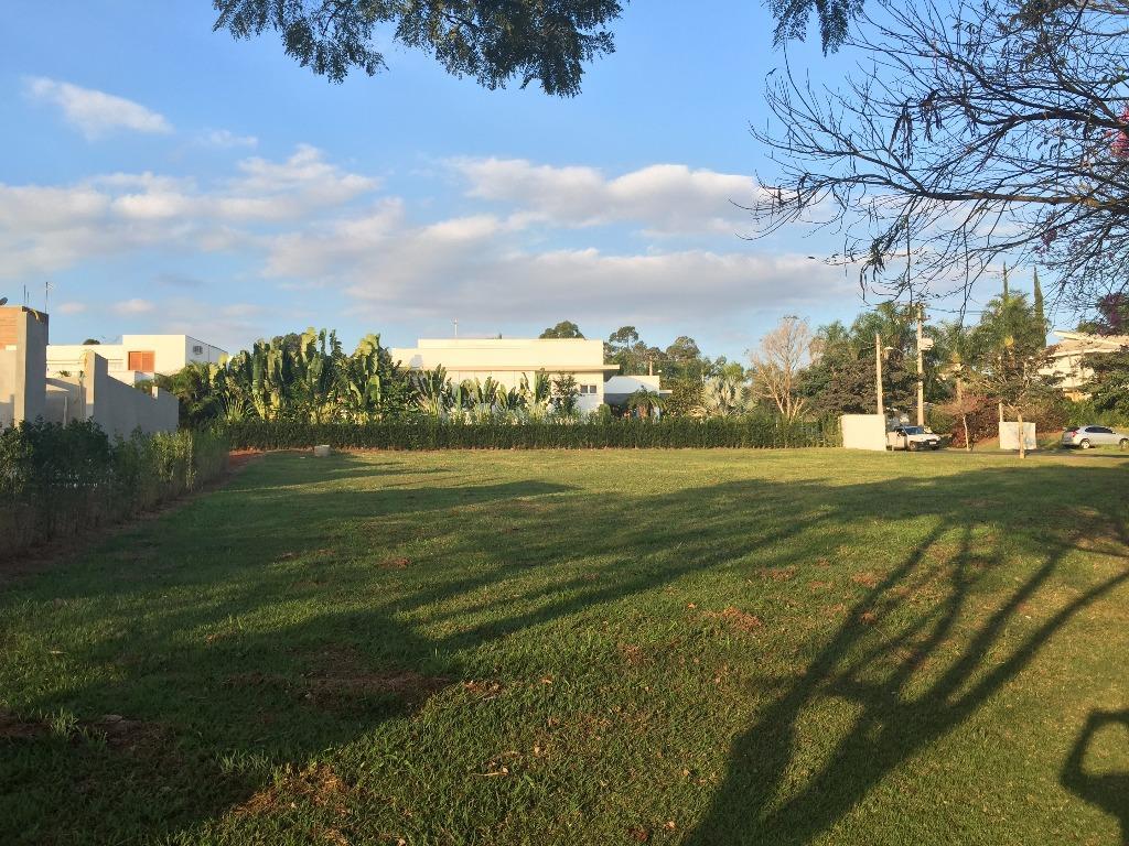 Terreno Lote Residencial Alto Padrão à Venda, 1030 m², Lago Azul Condomínio e Golfe Clube, Araçoiaba da Serra - TE0103.