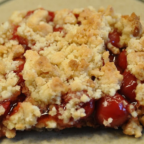 CHERRY OR BLUEBERRY CRUMB DESSERT