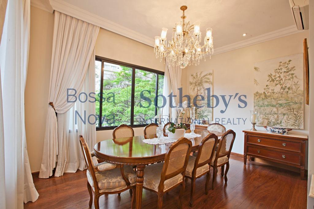 Apartamento impecável ao lado Parque Ibirapuera !