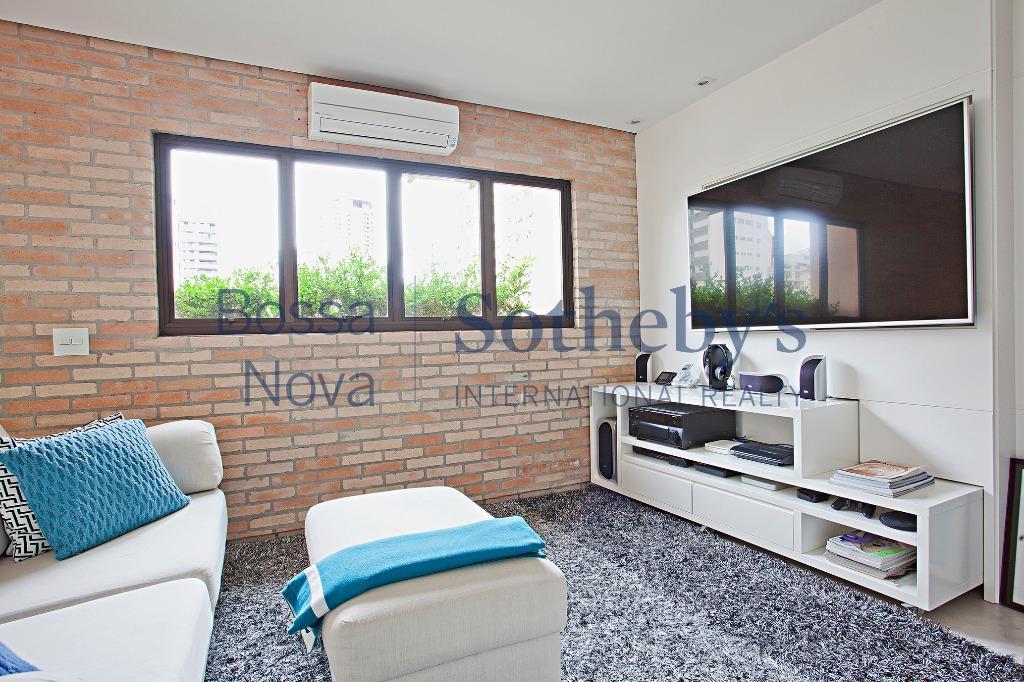 Apartamento reformado e charmoso