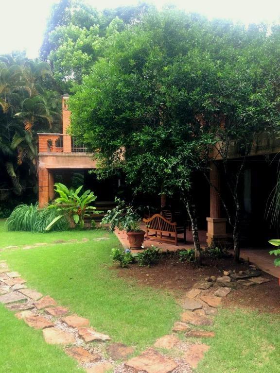 Casa Residencial Alto Padrão à Venda,Pé na Areia, Praia Vermelha do Sul, Ubatuba - CA0772.