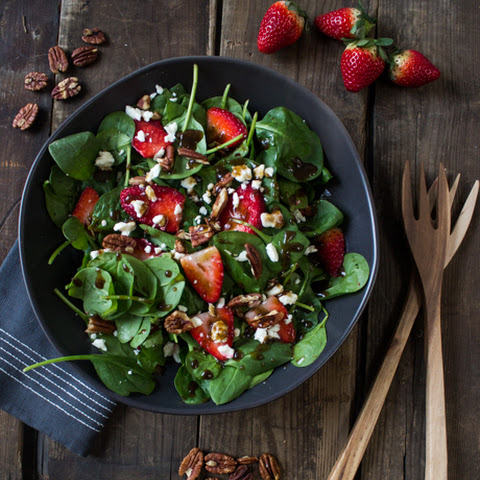 Strawberry Spinach Salad with Balsamic Vinaigrette