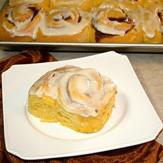 Pumpkin Cinnamon Rolls Recipe with Cream Cheese Frosting