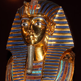 King Tut's Mask by Eric Pohl - Artistic Objects Antiques