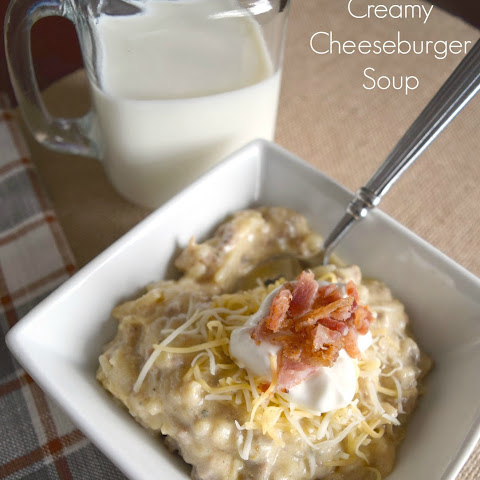 Slow Cooker Creamy Cheeseburger Soup