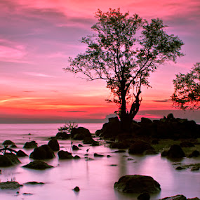 Deep Purple by Eddie Cheever - Landscapes Weather ( belitung )