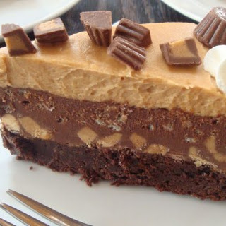 Peanut Butter Cup Brownie Mousse Cake