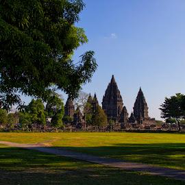 prambanan temple by Hartono Wijaya  - Landscapes Travel ( temple, cultural heritage, yogyakarta, indonesia, pray, landscape photography, tourism, java, landscapes, religious, hinduism, travel photography,  )