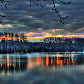Sunset over the lake by Гојко Галић - Landscapes Sunsets & Sunrises ( water, clouds, sky, winter, color, sunset, lake )