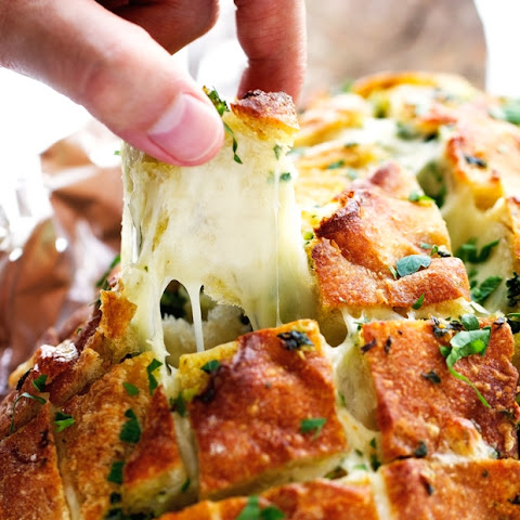 Cheesy Garlic Pull Apart Bread Recipe | Yummly