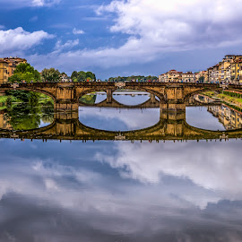 Mirror by Francisco Machado - Buildings & Architecture Bridges & Suspended Structures ( itália )