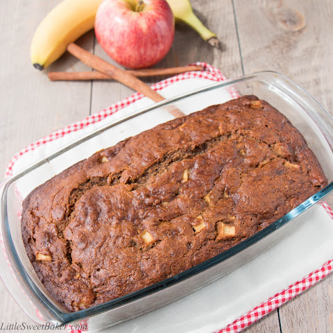 Healthy Apple Cinnamon Banana Bread {video recipe}