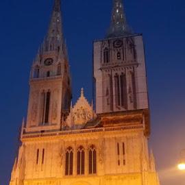 ZAGREB CATEDRAL by Zoritza Zozo Wejnfalk - Buildings & Architecture Places of Worship ( zoritza, zagreb, zozo, wejnfalk, catedral )