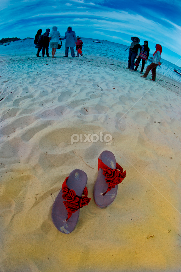 Alone by Basuki Mangkusudharma - Artistic Objects Clothing & Accessories ( sandal )