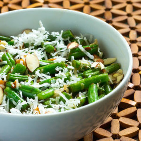 Toasted Almond Coconut Green Beans