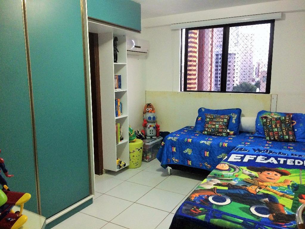 Apartamento residencial à venda, Manaíra, João Pessoa - AP5016.