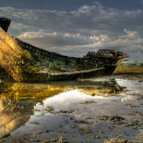 rusty boat 1 by Padeka Bkenz - Transportation Boats
