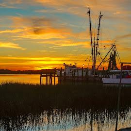 Folly Beach Sunset by Jonathan Wheeler - Landscapes Sunsets & Sunrises ( folly beach, sc, sc coast, sc lowcountry, sunset reflections, sc sunsets )