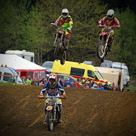 Synchronized Jump by Marco Bertamé - Sports & Fitness Motorsports ( synchrone, bike, mud, synchronized, motocross, motorcycle, race, competition, jump )