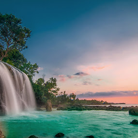 Toroan Sunset by Andy R Effendi - Landscapes Sunsets & Sunrises ( toroan, indonesia, sampang, madura, beach )